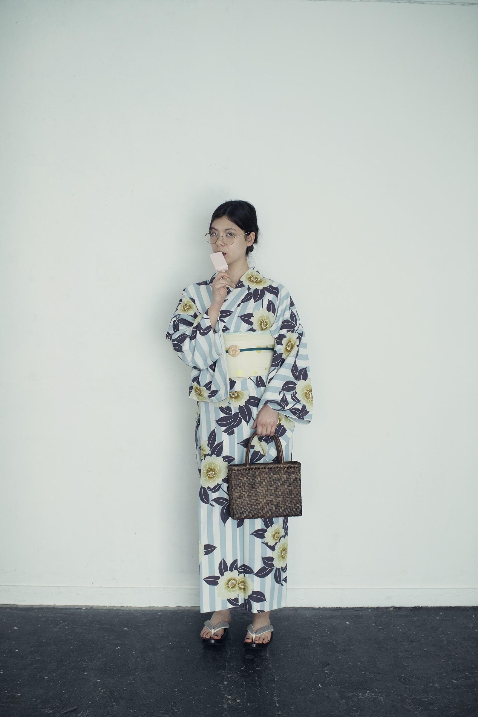洗えるゆかた / 桜花ストライプブルー / ポリエステル